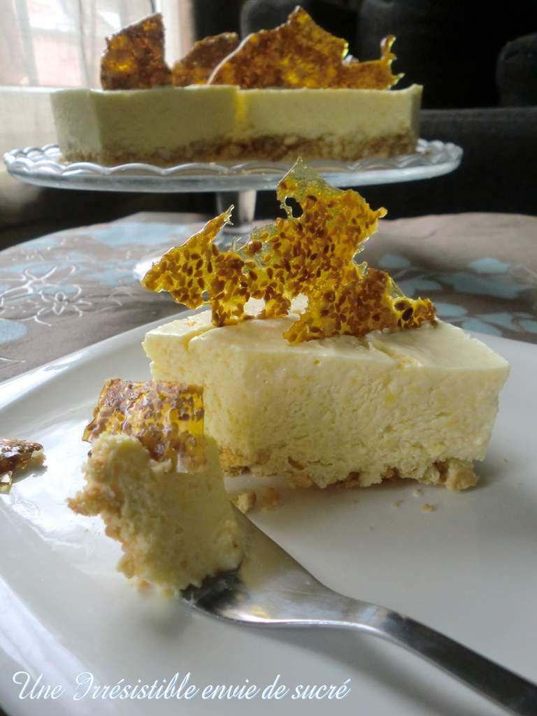 Cheesecake à la mousse de mangue et sa nougatine de sésame